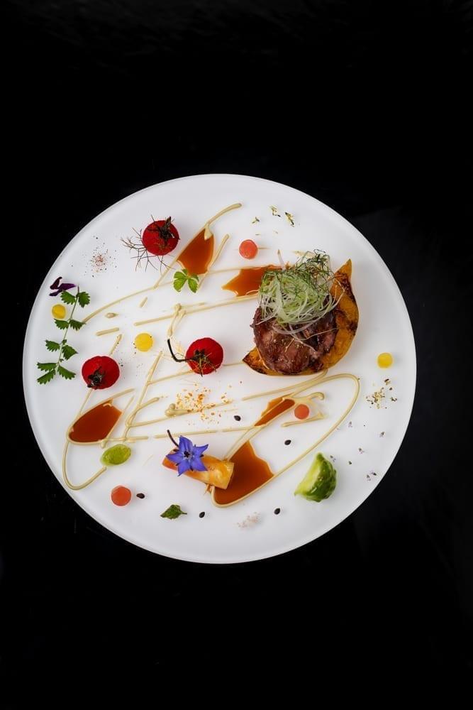 Photographie de plat de grand Chef Johan Tyriot Les cures marines à Naucelle en Aveyron