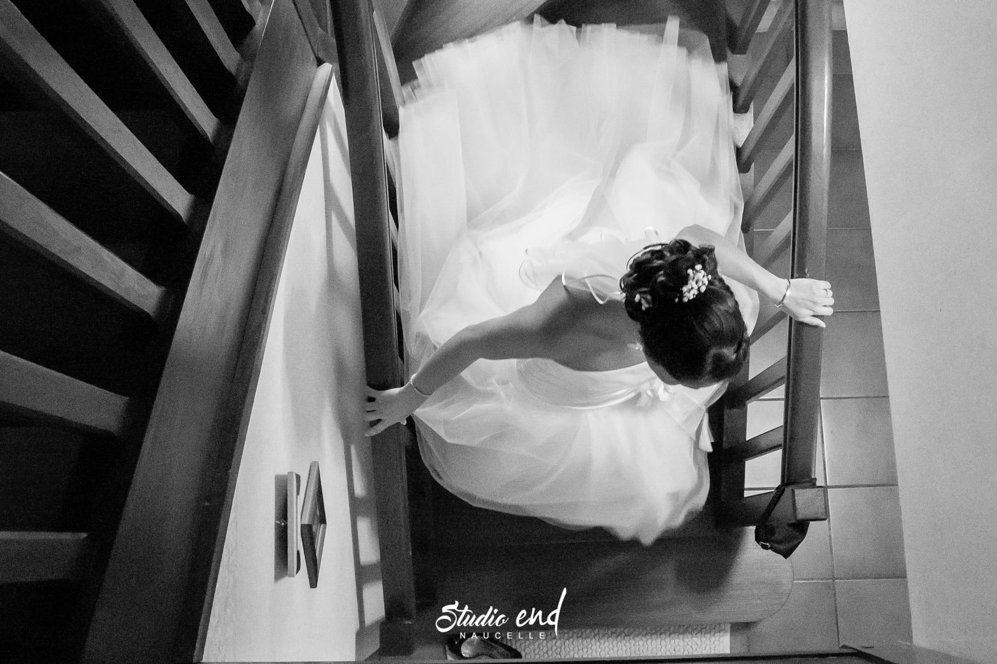 Photographie de mariage les préparatifs de madame robe de mariée Studio END Naucelle