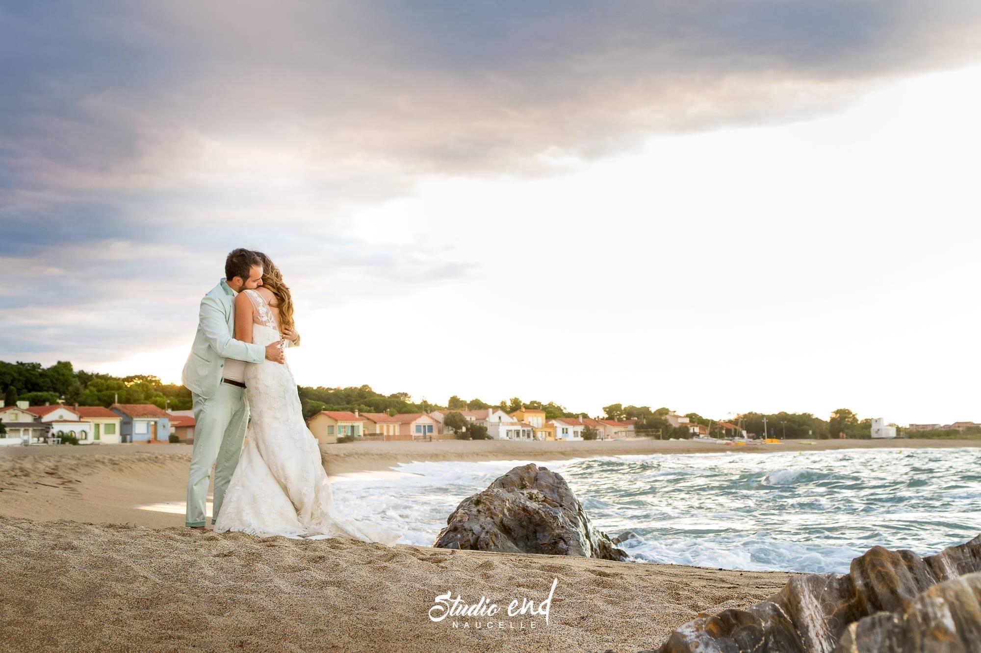 Photo de couple à la plage photographe couple Studio End Aveyron