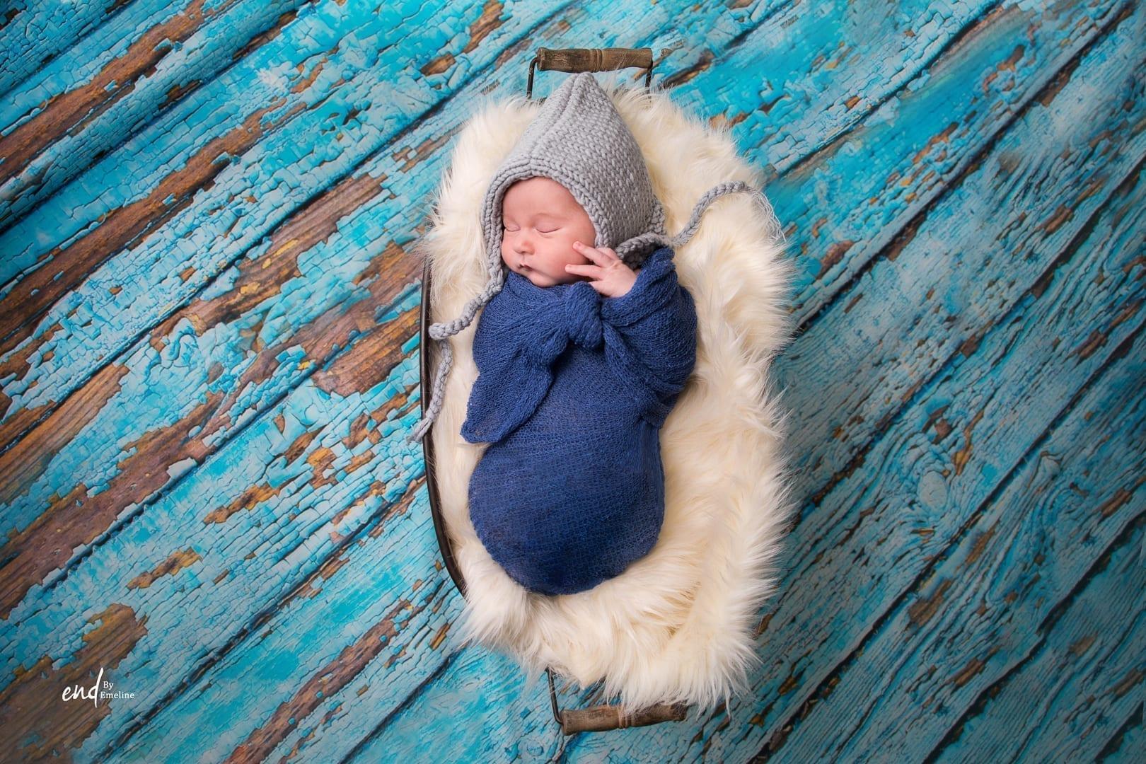 Photo d'un bébé garçon, réalisée par Emeline DELSAUT à Naucelle près de Rodez