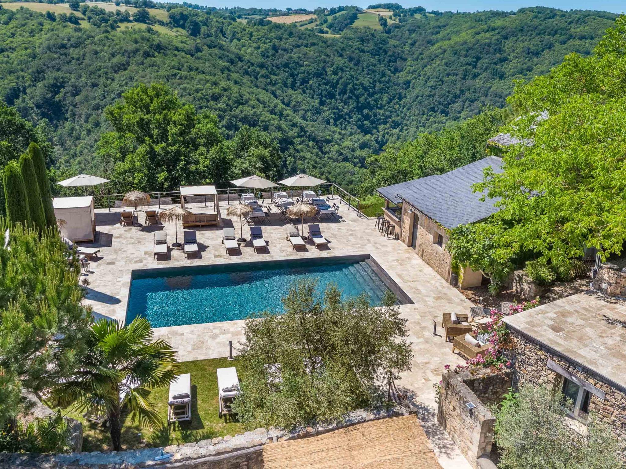 Drone, prise de vue aérienne, gites et chambres d'hôtes en Aveyron, Studio END Naucelle