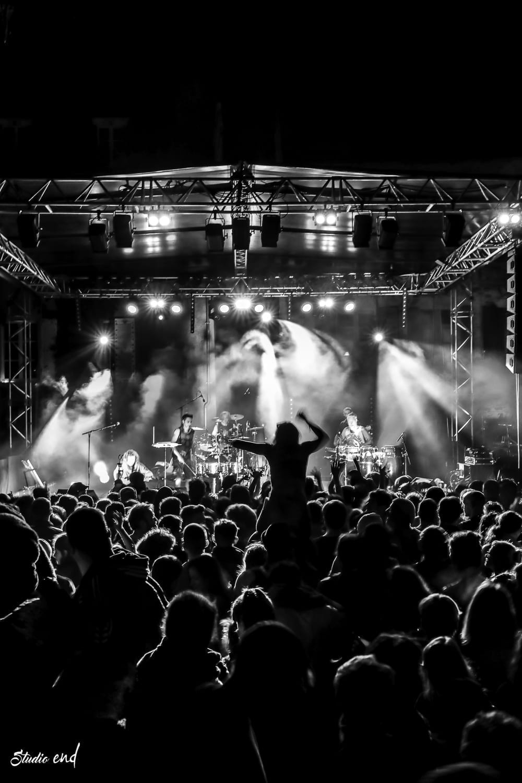 Concert live du groupe Hilight Tribe Photographe reporter à Rodez