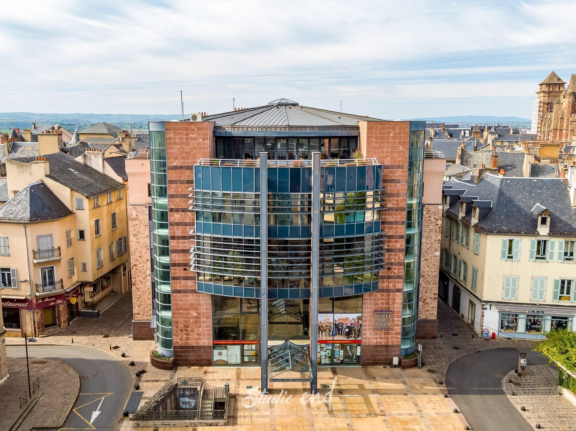 Photographie aérienne grace à un drone mairie Rodez