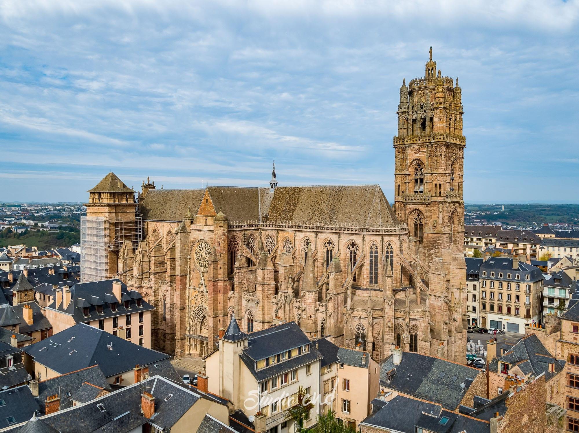 Photographie aérienne avec un drone Cathédrale Rodez