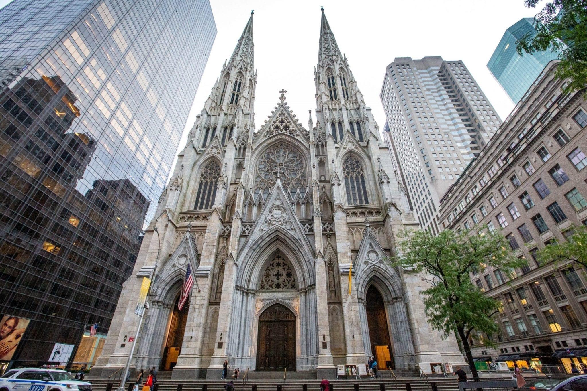 Cathédrale New York, photo et reportage de voyage Studio End entre Rodez et Albi
