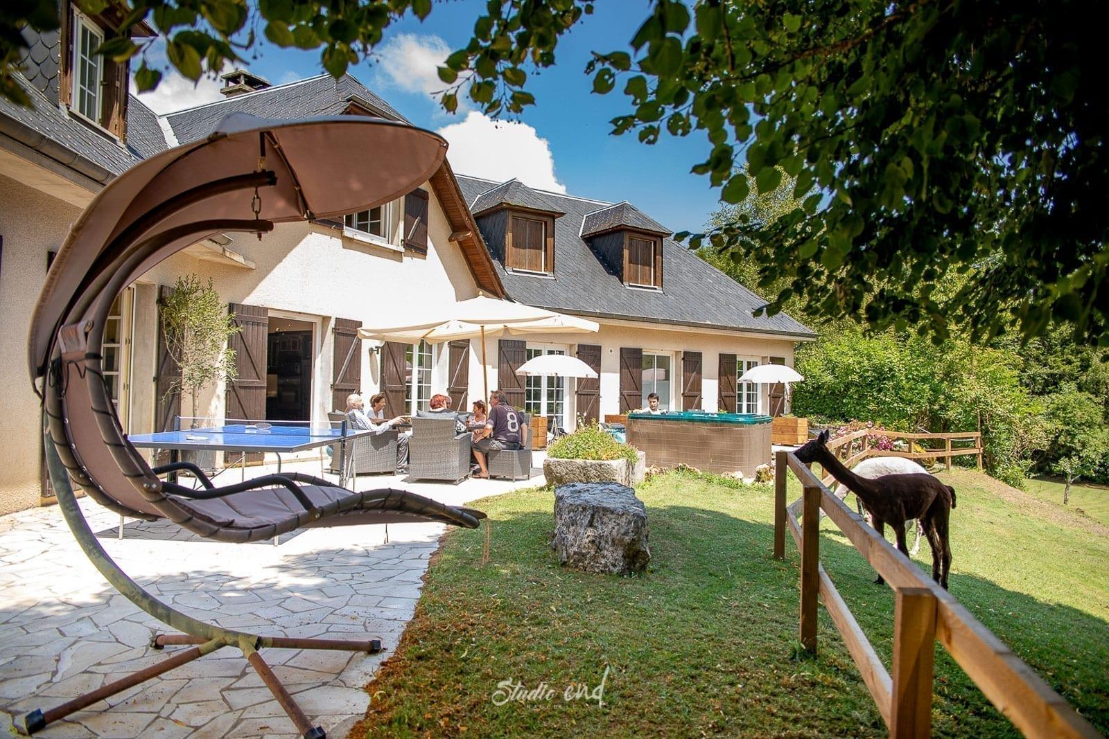 Vue extérieur, photographe pro et entreprise Rodez Aveyron