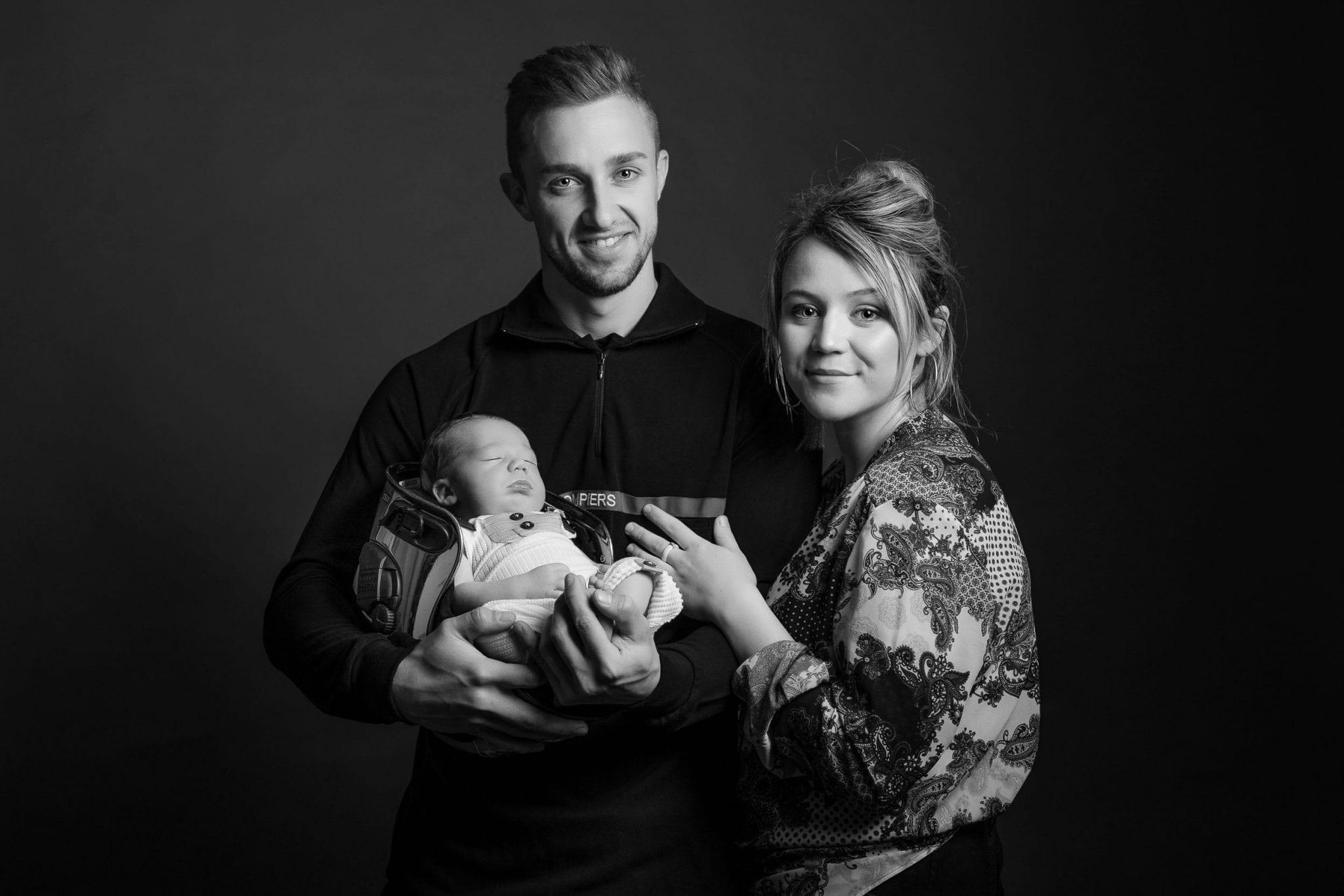 Papa, maman et bébé garçon, photographe famille