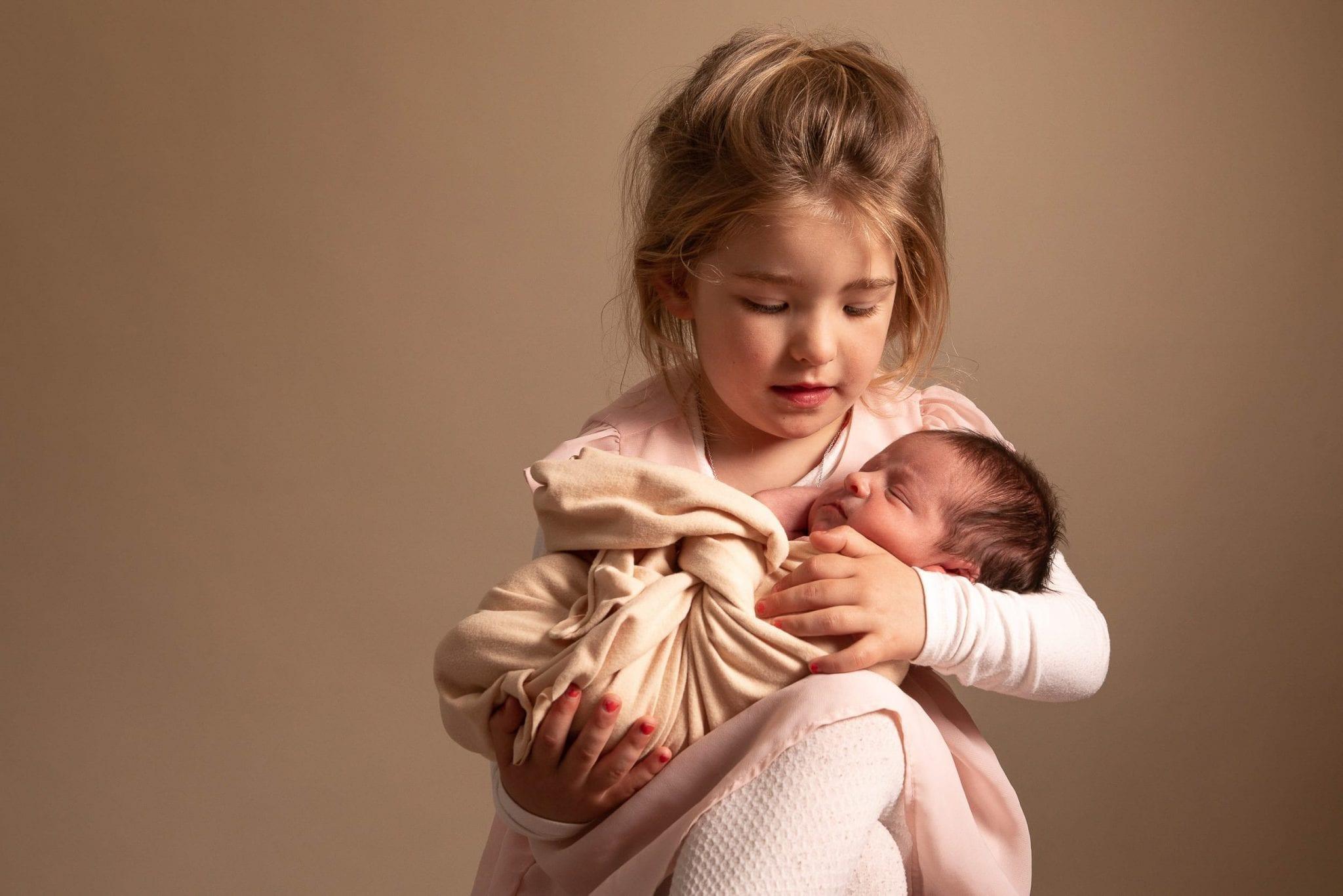 Photographe de bébé, nouveau né originale Tarn