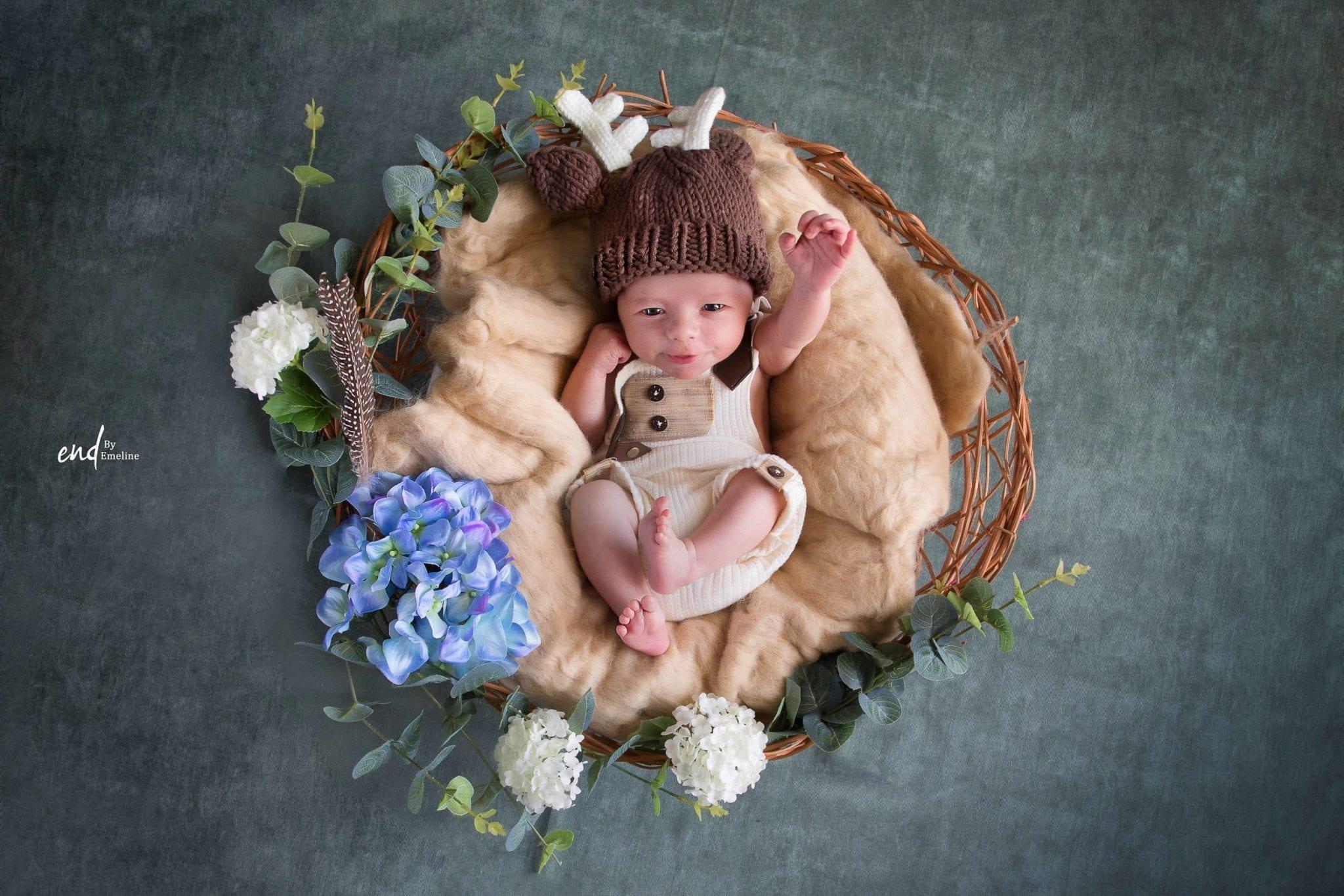 photographie artistique de nouveau né en France