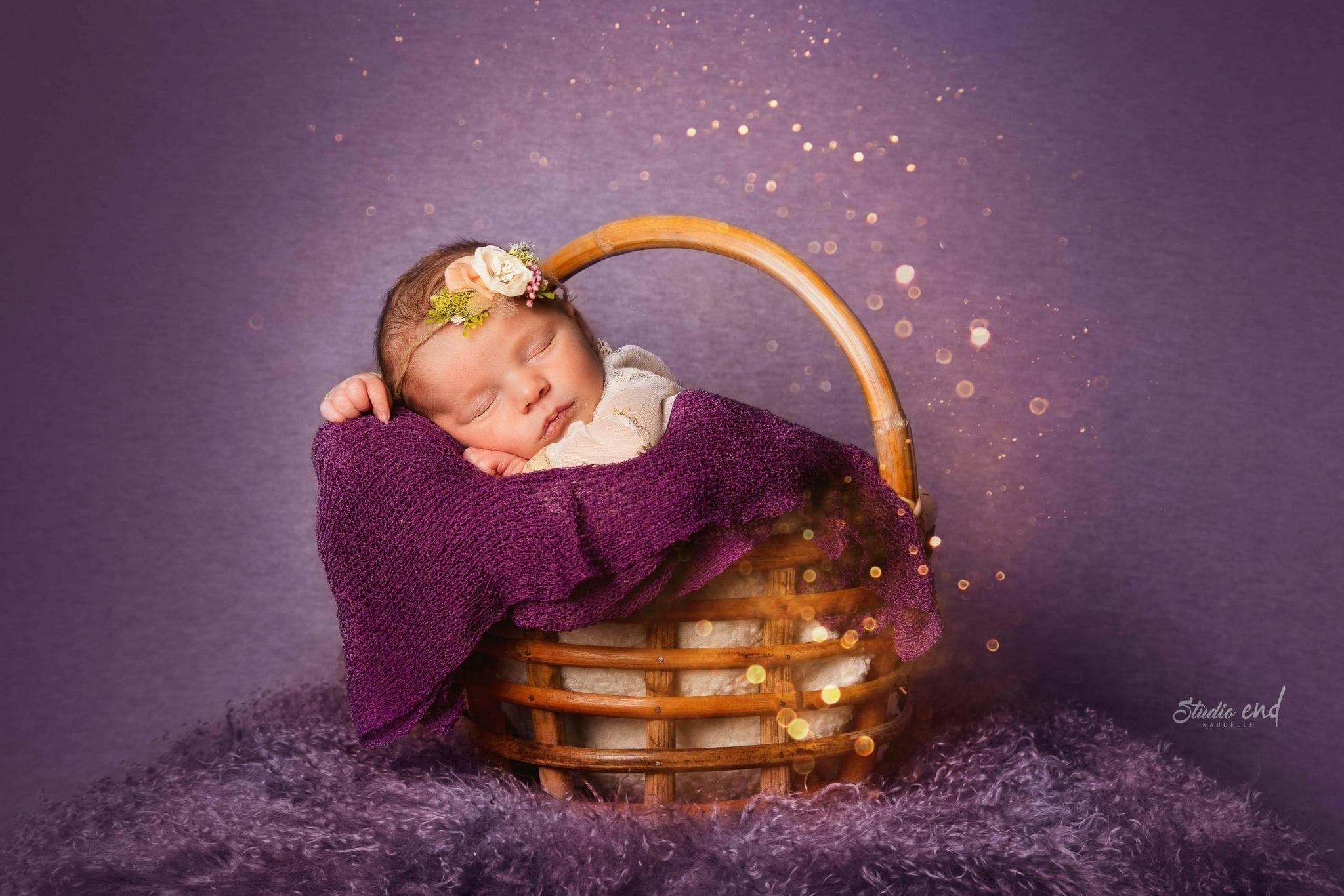 photo artistique de nouveau-né