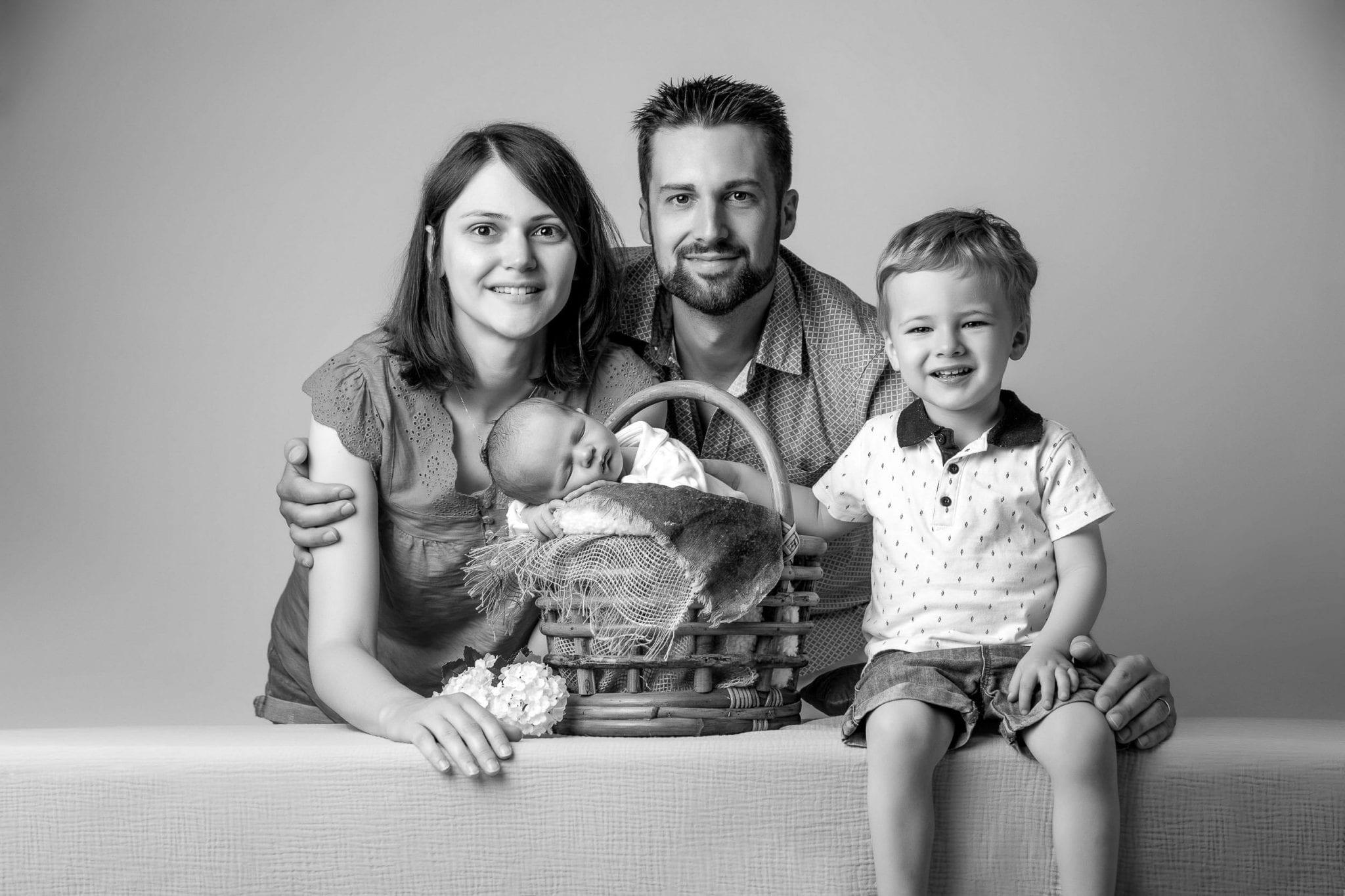 photographe artistique de bébé et famille Studio END