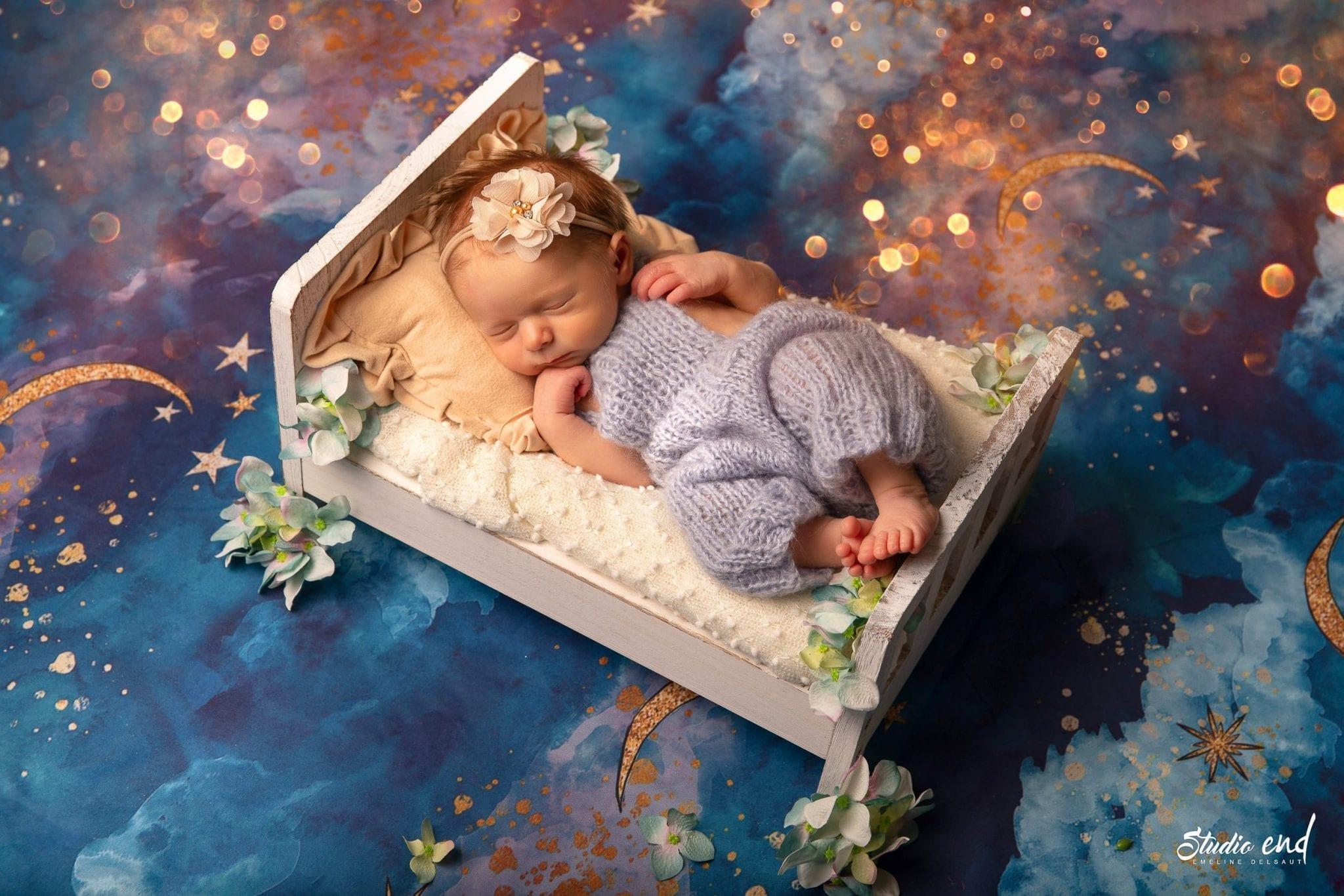 photographie artistique de bébé réalisée au Studio END à Naucelle en Aveyron
