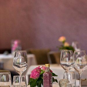 Salle de restaurant du du Vieux Pont proche de rodez