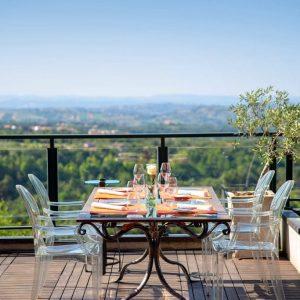Photographie terrasse de café et restaurant