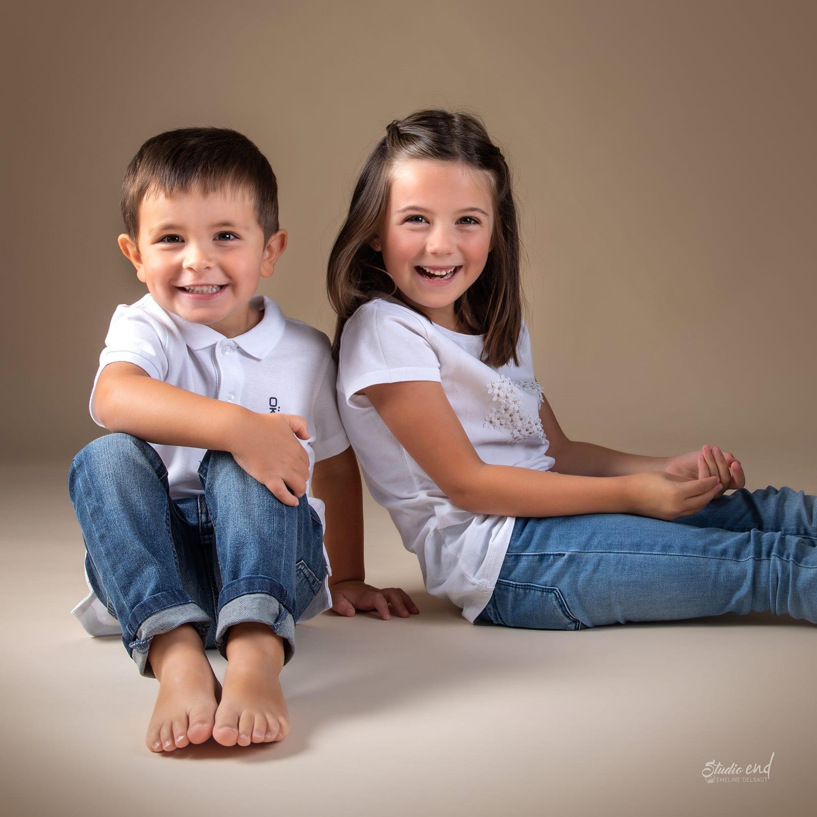 Portrait photo enfants, parents, fratrie et famille
