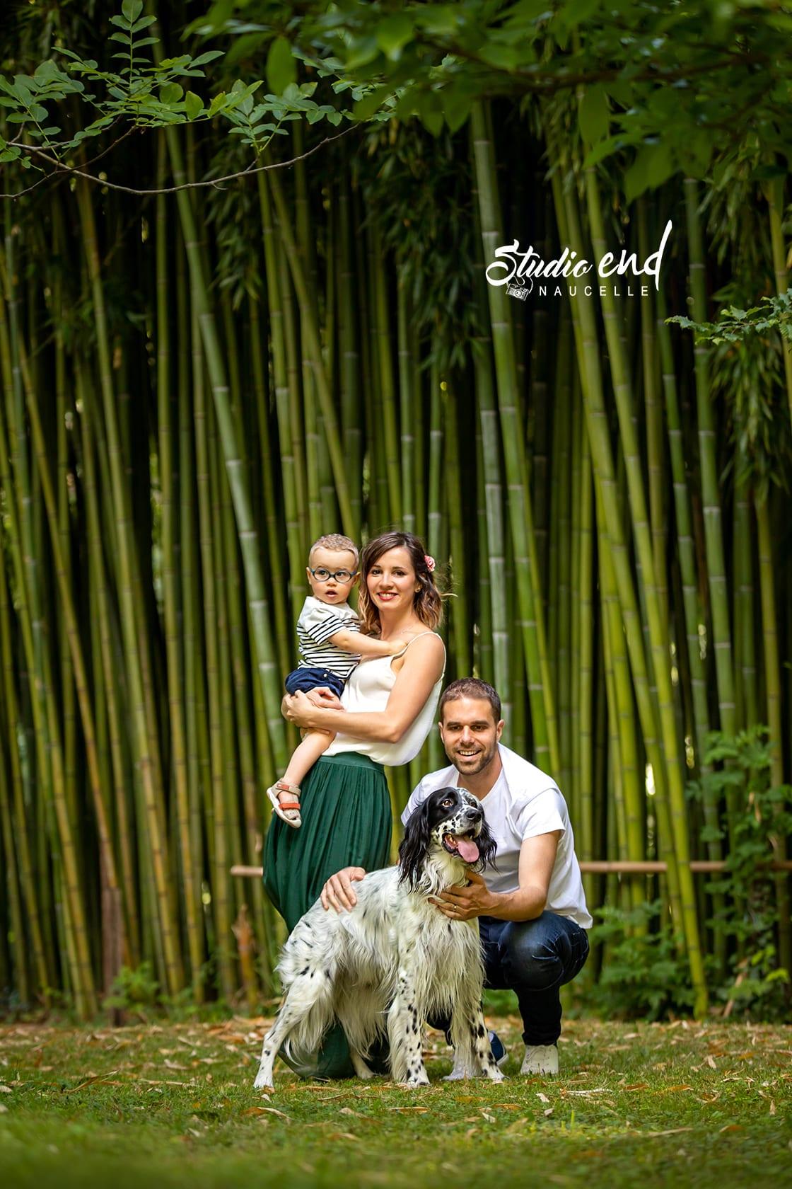 Photographie famille en extérieur, lifestyle proche du Tarn